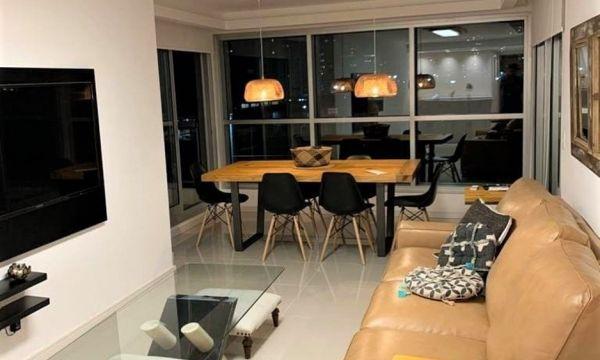 Espectacular Apartamento, 2 Dormitorios y Dep. Look Brava